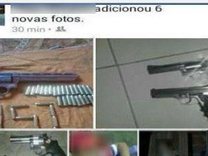 Adolescente postava foto com armas em redes sociais, diz polícia (Foto: Facebook/Reprodução)