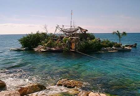 Spiral Island (Made of recycled bottles)