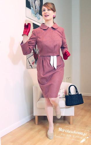 blog, marchewkowa, szycie, krawiectwo, kostium z flaneli wełnianej w stylu lat 50, krótki żakiet, 12-2011-103, Burda, asymetryczna spódnica, 08-2011-127, podszewka, satyna, Vagabond Gaga, Schaffashoes