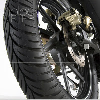 TVS Apache RTR 180 wheels and tyre view Picture