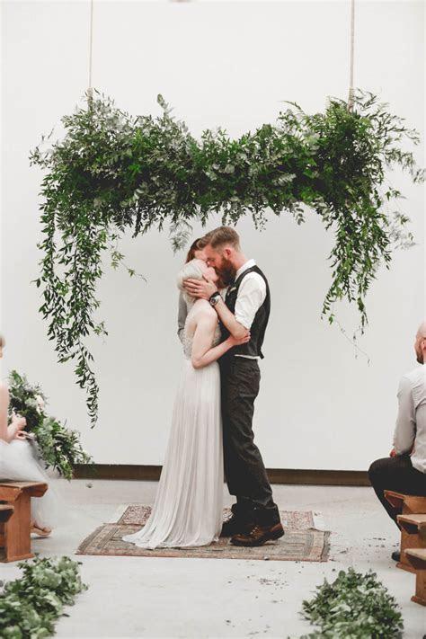 RUSTIC WEDDING IN A BIRMINGHAM ART GALLERY   Bespoke Bride