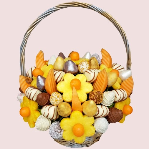 SALE! Get 10% OFF all gourmet Edible Fruit Bouquets and Edible Fruit Arrangements with coupon code ALLP10...