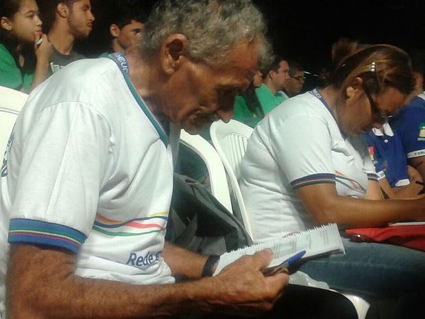 Ex-cortador de cana, ex-gari, ex-dependente químico, José Lourenço da Silva vai fazer a prova do Enem aos 66 anos (Foto: Luna Markman / G1)