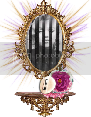 photo marilynmirror.png