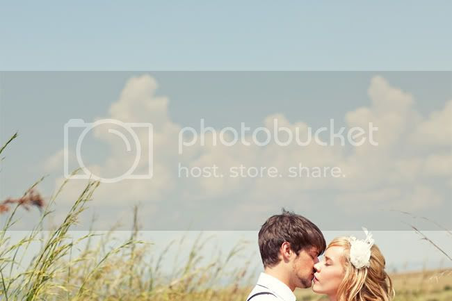 http://i892.photobucket.com/albums/ac125/lovemademedoit/FA_sharethelove_038.jpg?t=1304431575