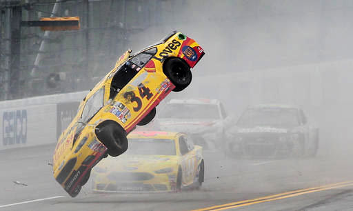 Talladega-Crash-fest14562