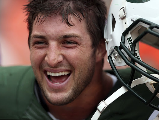 Its Time For The Jets to Bring In Tim Tebow