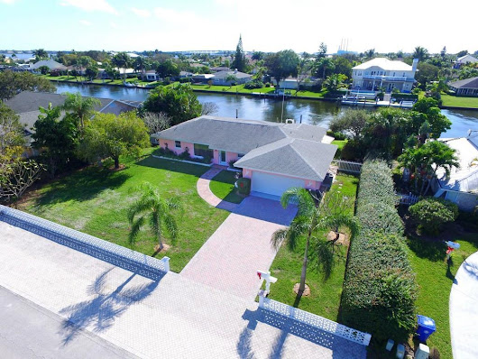 2 bed / 2 full, 1 partial baths  Home in Vero Beach for $684,750
