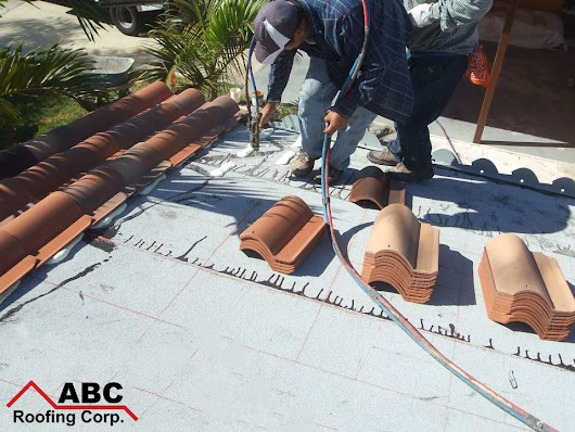 Home Roofing Services: The Popularity of Tile Roofing