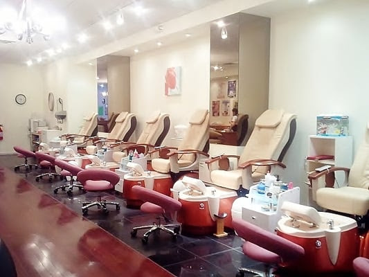 Allure Nails & Spa - Nail Salons - Market East ...
