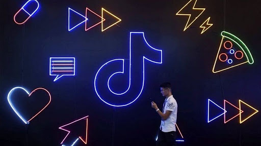 Avatar of TikTok apologises and reinstates banned US teen