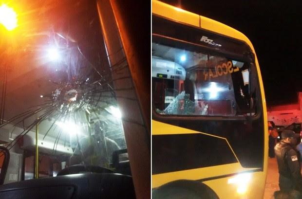 Tiros atingiram o para-brisa e as vidraças na parte de trás do ônibus (Foto: Divulgação/PM)