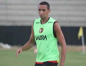 Marcelo, zagueiro do Globo FC (Foto: Kaline Rodrigues/Divulgação)