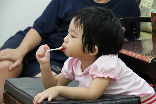 Wei Ting eating lolipop
