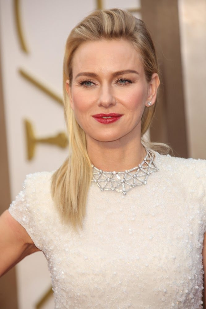 Naomi Watts Straight Blonde Hairstyle