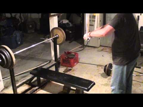 Exercice du sport en Vidéos : Homemade Weightlifting Equipment - Cheap Home Gym Fitness Training