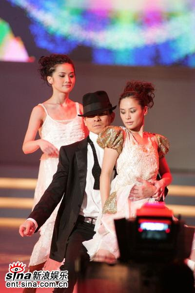 AndyLauSounds » Andy to be lecherous Di Ren Jie and get