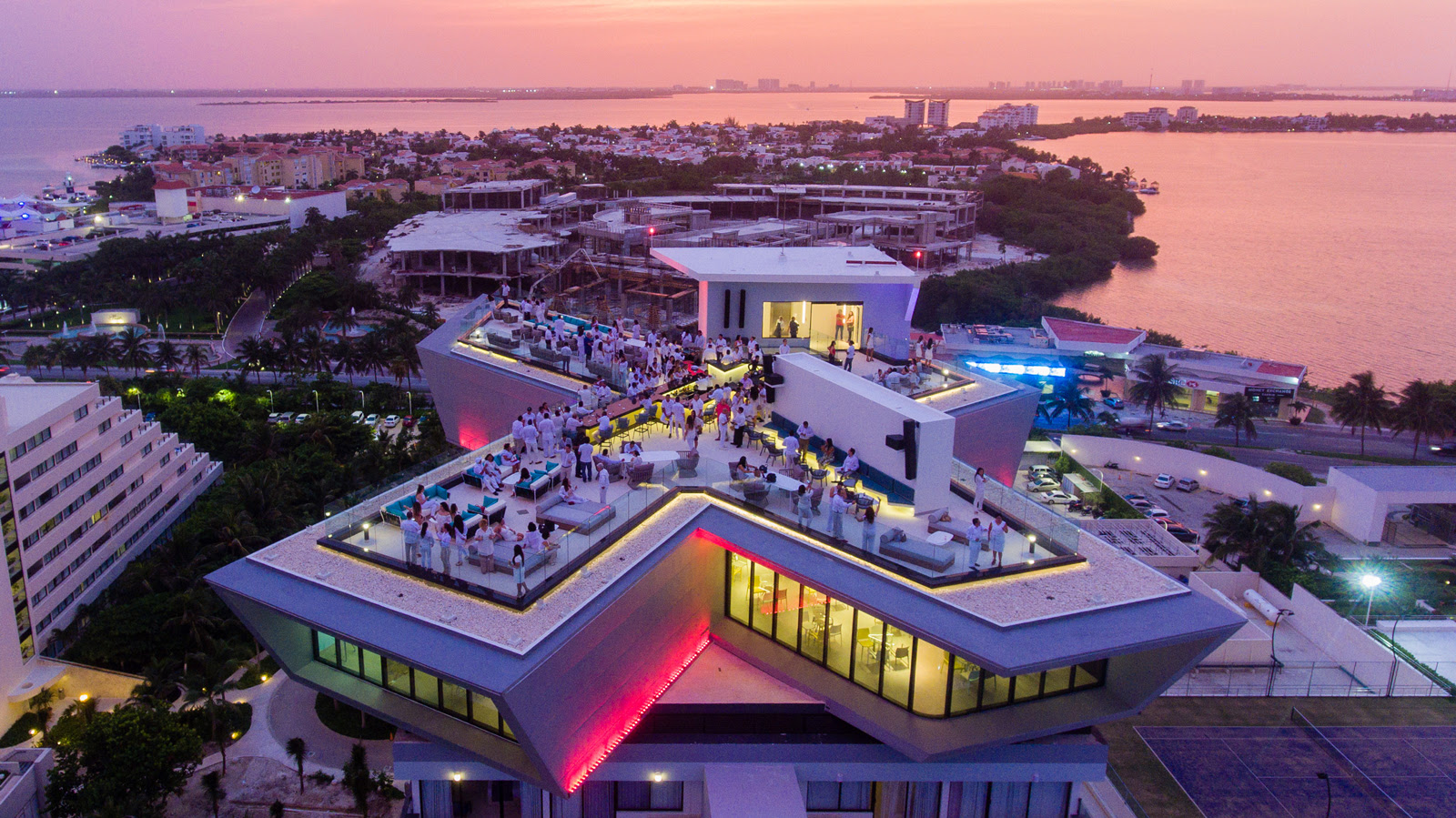 10 Surprises from the Park Royal Cancun Beach Resort All