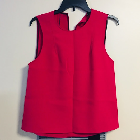 New With Tag ZARA WOMAN RED SLEEVELESS BLOUSE, SMALL