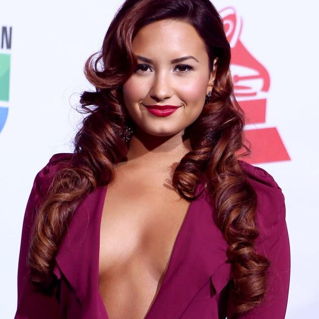 Demi Lovato Wallpaper: Demi Lovato Wallpapers « Celebrities Hot Wallpapers