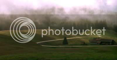 http://i298.photobucket.com/albums/mm253/blogspot_images/Raaz/PDVD_000.jpg