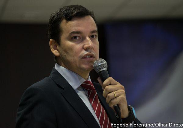 CGE defende pena máxima de R$ 148 milhões ao Consórcio VLT; contrato limita multa a 10% do valor da obra
