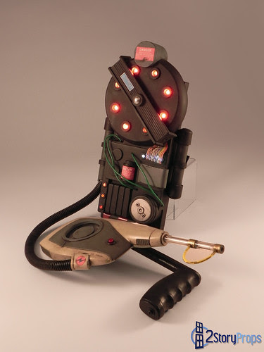 tainted_love_proton_pack_by_torsoboyprops-d4w5d00