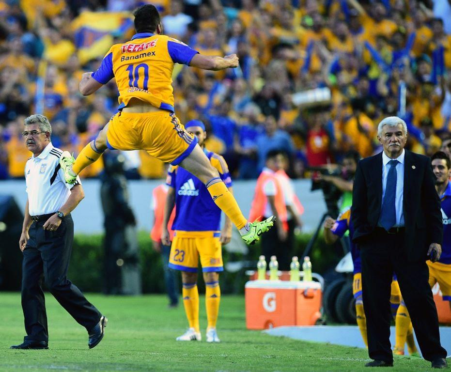 Gignac abriu o placar para o Tigres em Monterrey - Ronaldo Schemidt/AFP