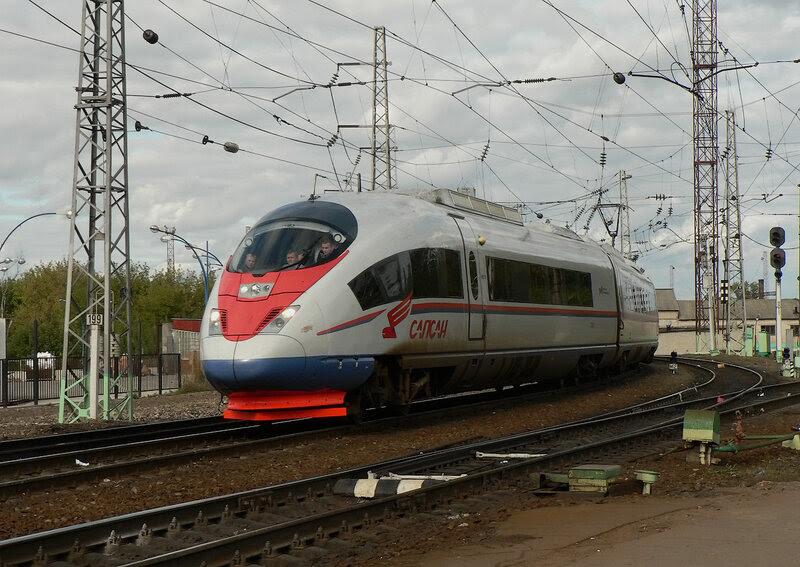 "Электропоезд ""Сапсан"" Velaro RUS в Рязани"