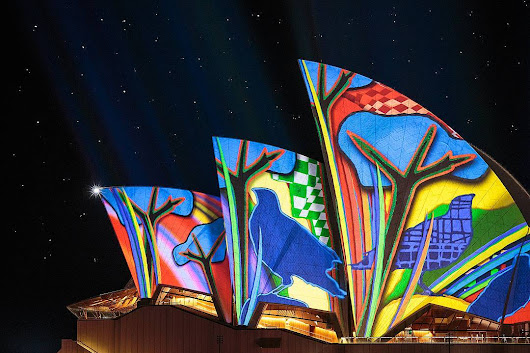 Beautiful Projections of Australian Indigenous Art on the Sydney Opera House
