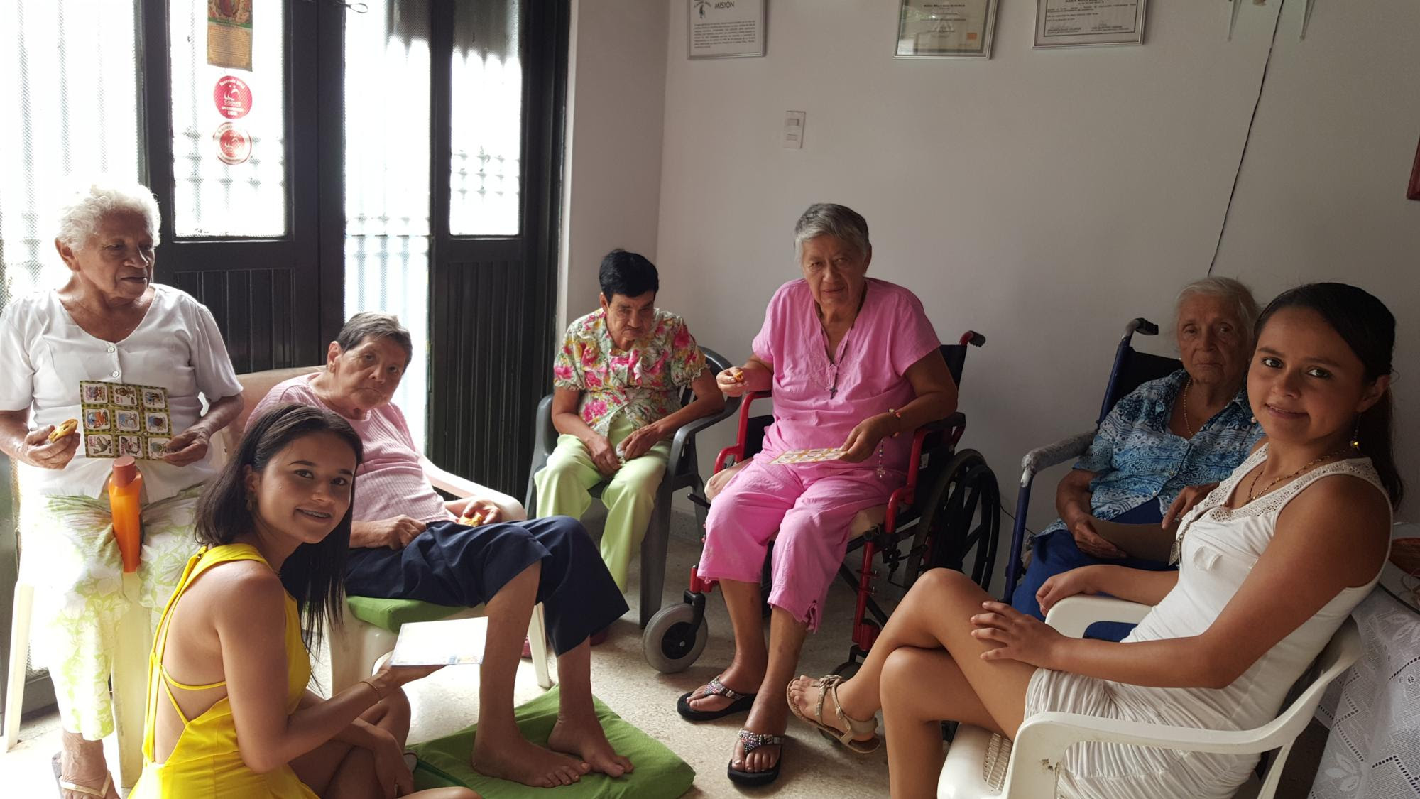 Resultado de imagen para geriatrico abuela