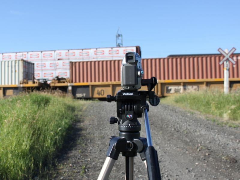 Tripod and trains