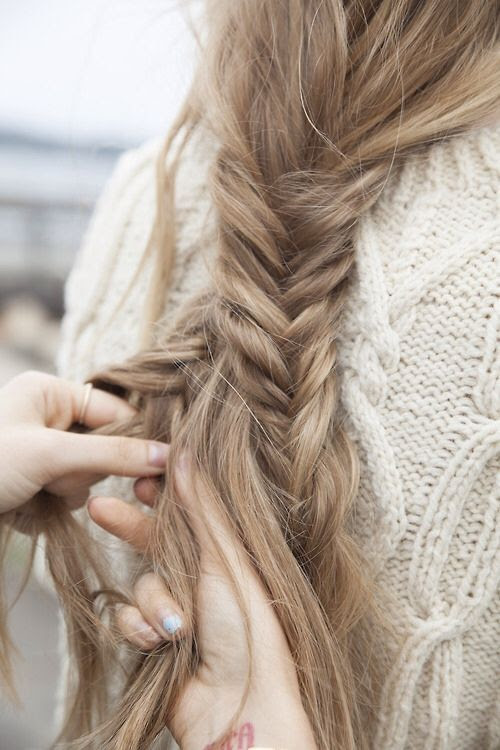 loose fishtail. so pretty / Awe Fashion HAIRSTYLES