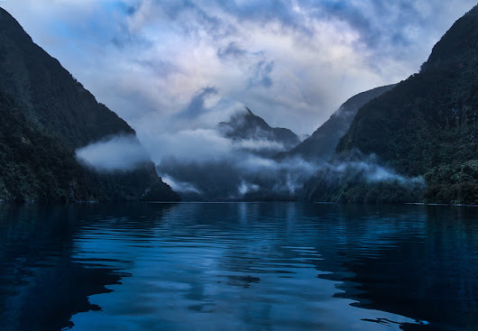 Sailing into Doubtful Sound | Stuck in Customs