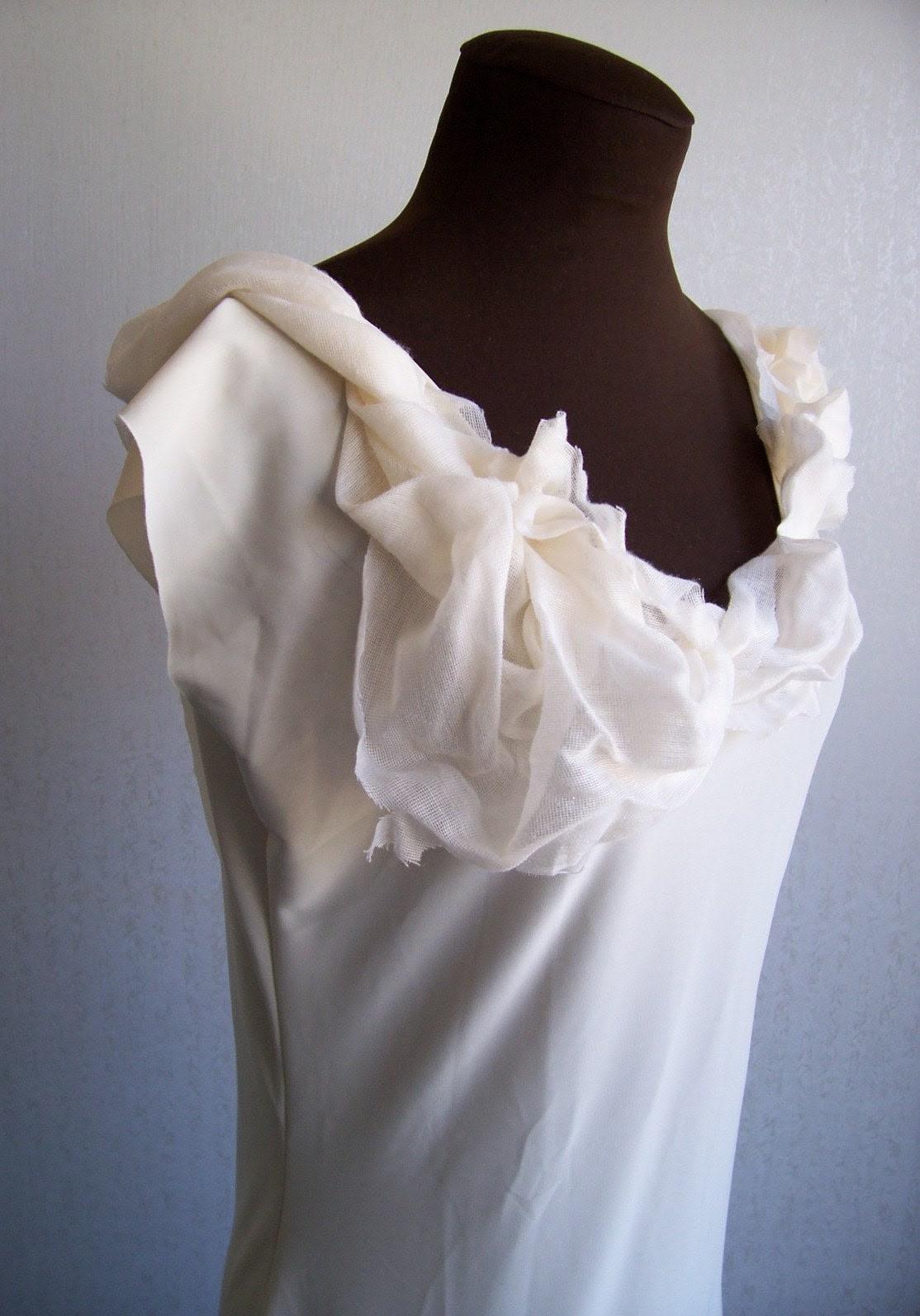 Creme Fraiche Wedding Dress - XS - S