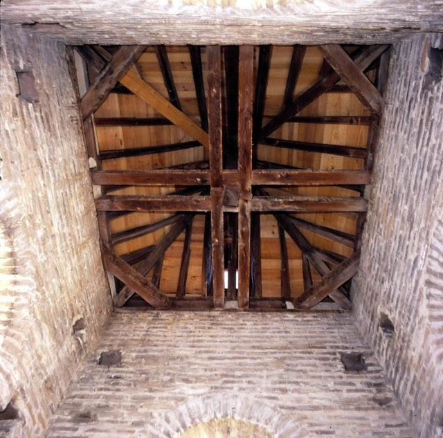 Torre de la Iglesia de San Andrés en enero de 2003. Fotografía de José María Moreno