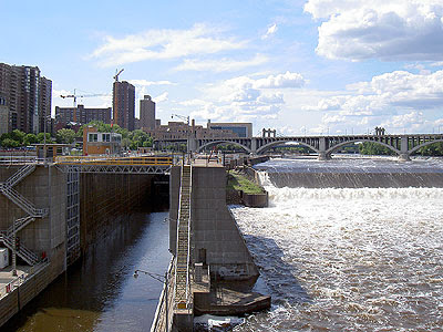 The Mississippi upstream from the Stone Arch Bridge
