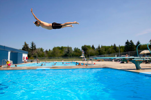 Why Belly Flops are so Painful