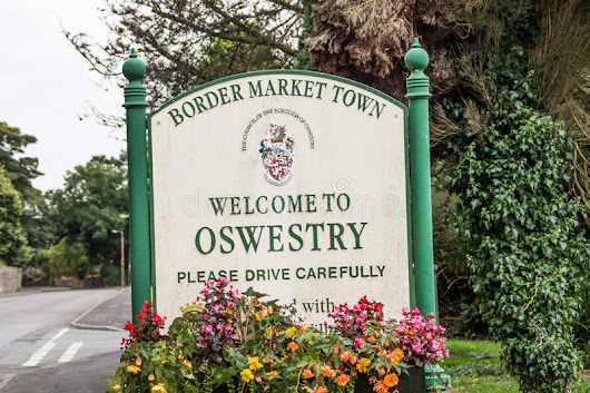 Oswestry Town Sign