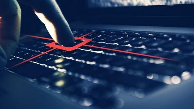 """Los """"keyloggers"""" son programas espía que registran todo lo teclea o ve en su pantalla el usuario"""
