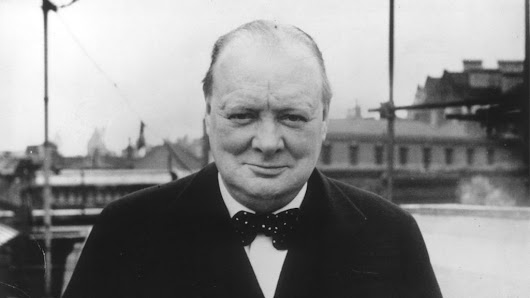 Winston Churchill's views on aliens revealed in lost essay - BBC News