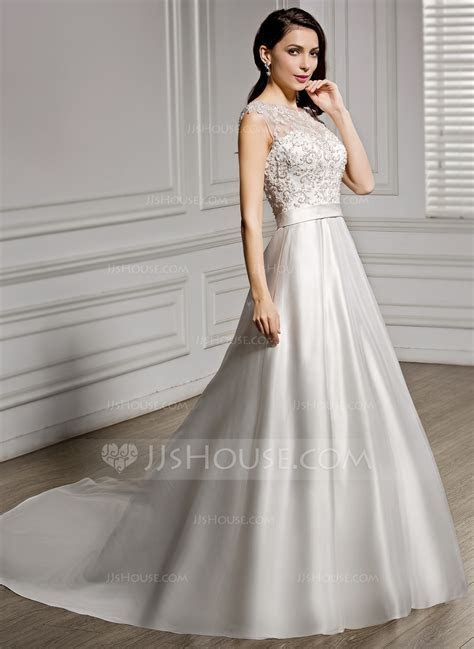 A Line/Princess Scoop Neck Chapel Train Satin Lace Wedding