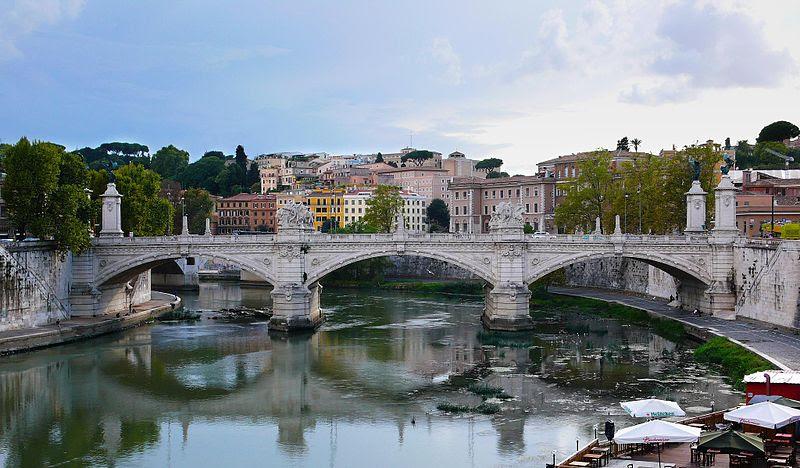 File:Ponte Vittorio Emanuele II da Castel Sant'Angelo.jpg