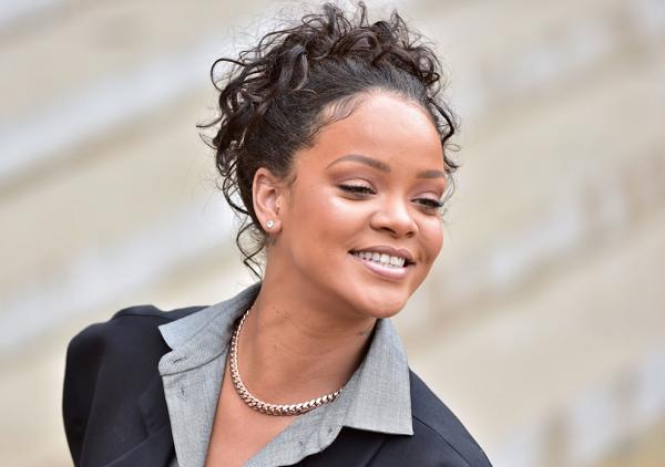 Rihanna new makeup collection