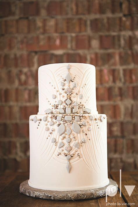 Best 25  Art deco cake ideas on Pinterest   Art deco