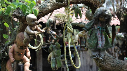 Mystery Behind Haunted Island of the Dolls, Mexico | BehindMystery