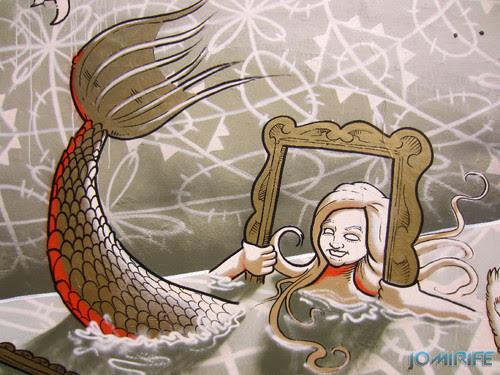 Arte Urbana by Mário Belém - Peixe laranja/Imaginário no CAE na Figueira da Foz Portugal - Elemento sereira com moldura (21) [en] Urban art by Mário Belém - Orange Fish/Imaginary in Art Center Figueira da Foz, Portugal