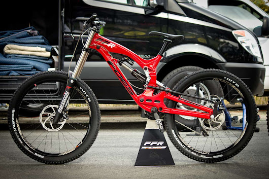 2015 Foes FFR Prototype 27.5 Downhill Mountain Bike Made In The USA