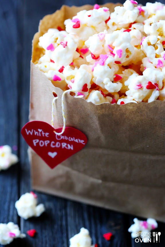 Valentine popcorn! Click through for 35 amazing, over-the-top Valentine's Day ideas, including Valentine's crafts, Valentine's recipes, and Valentine's decorations, and more!