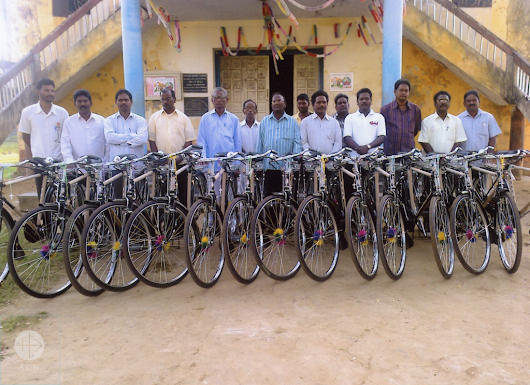 Project of the Week - Bicycles for Indian catechists! - Aid to the Church in Need